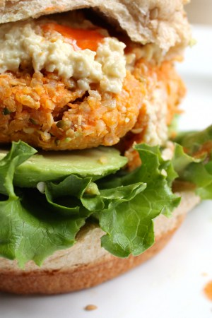 """Buffalo Chickpea Quinoa Burgers with """"Blue Cheese"""" Dressing"""
