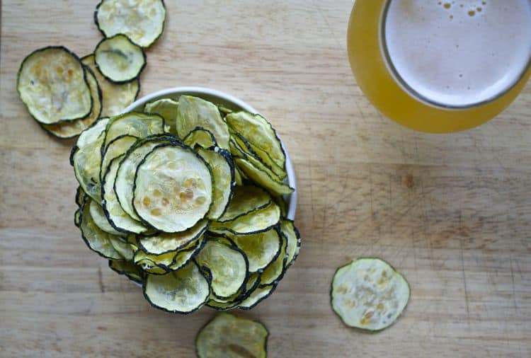 Parmesan Zucchini Chips | The Foodie Dietitian @karalydon