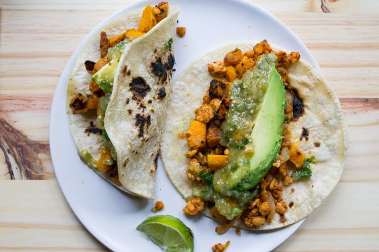 Butternut Squash and Tempeh Tacos | The Foodie Dietitian @karalydon
