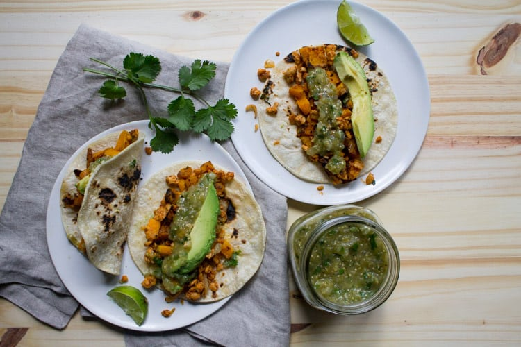 Vegan Butternut Squash and Tempeh Tacos | The Foodie Dietitian @karalydon