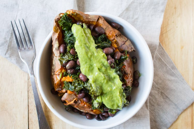 Loaded Sweet Potato | The Foodie Dietitian @karalydon