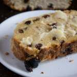 Raisin Bread - A Thanksgiving tradition | @TheFoodieDietitian