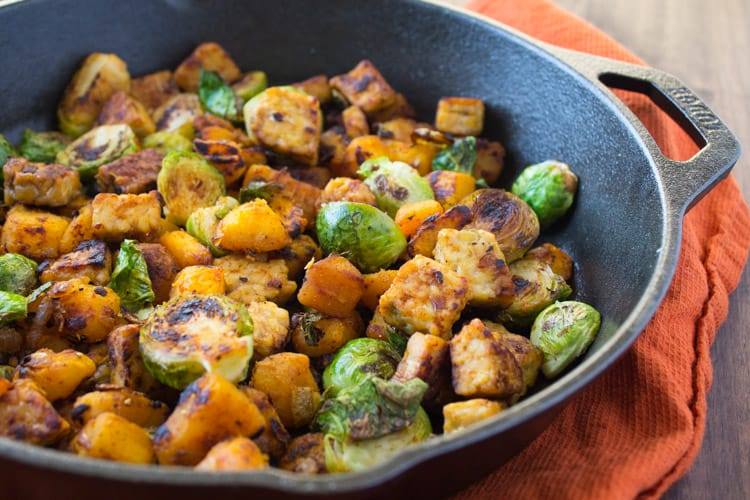 Tempeh Hash | The Foodie Dietitian @karalydon