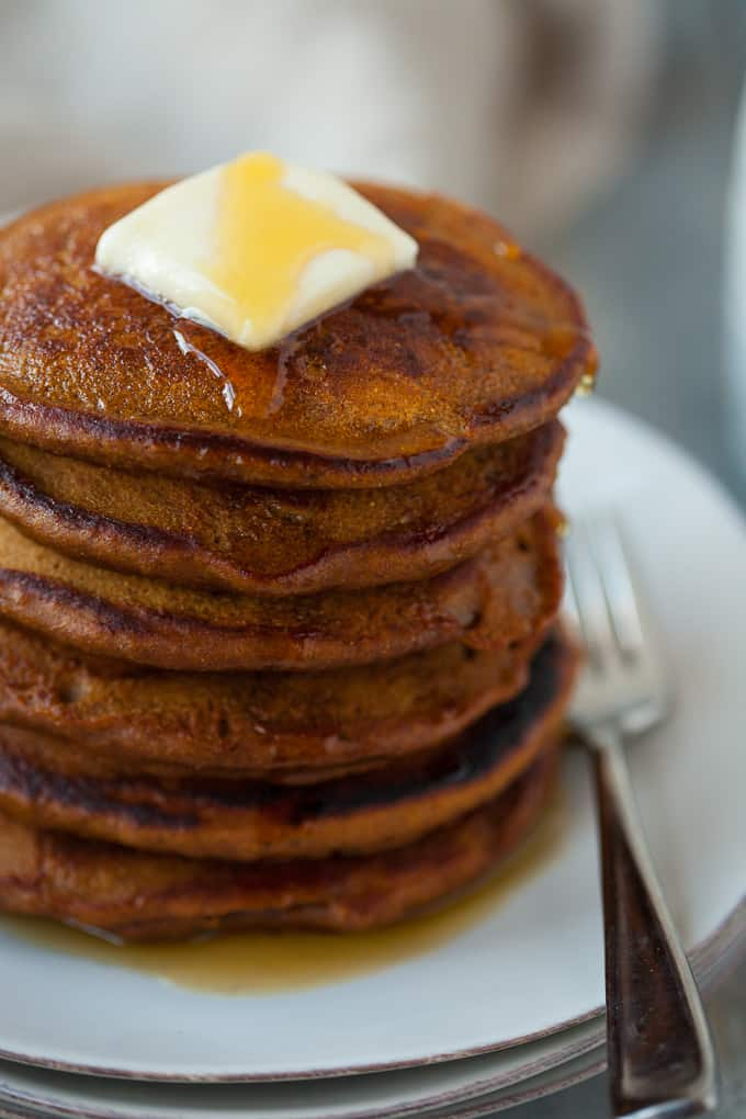 whole wheat gingerbread pancakes, perfect for healthy holiday brunch!