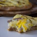 Cheesy Mashed Cauliflower and Roasted Leek Pizza-7