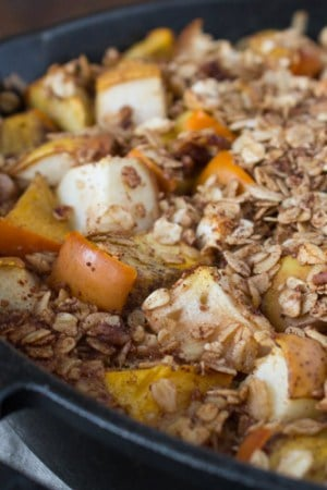 Persimmon and Pear Oatmeal Breakfast Bake