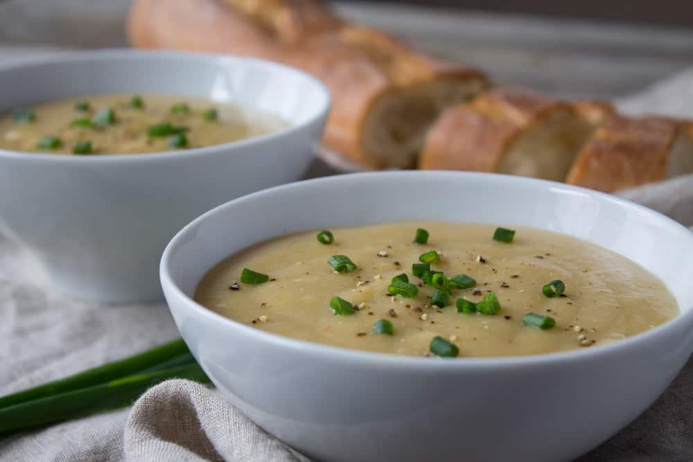 Kara Lydon | Slow Cooker Potato Leek Soup | The Foodie Dietitian