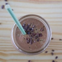 Chocolate Peanut Butter Oatmeal Smoothie | @TheFoodieDietitian