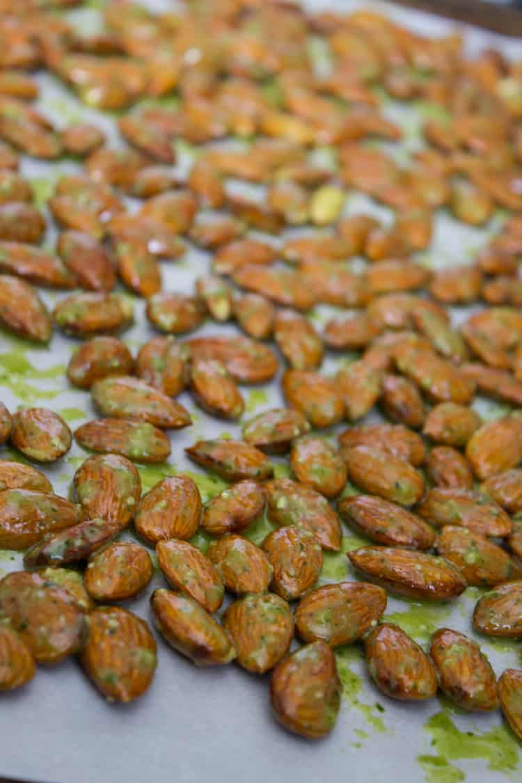Arugula Pesto Almonds | @TheFoodieDietitian