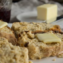 Whole Wheat Irish Soda Bread | @TheFoodieDietitian