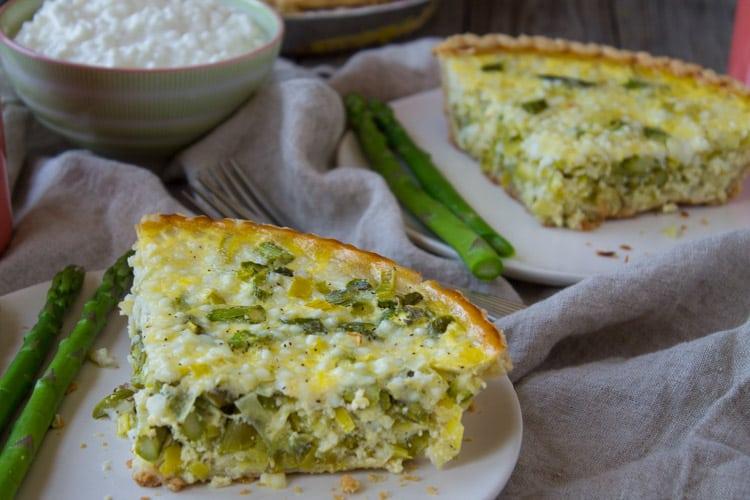 Kara Lydon | Asparagus and Leek Quiche - The Foodie Dietitian