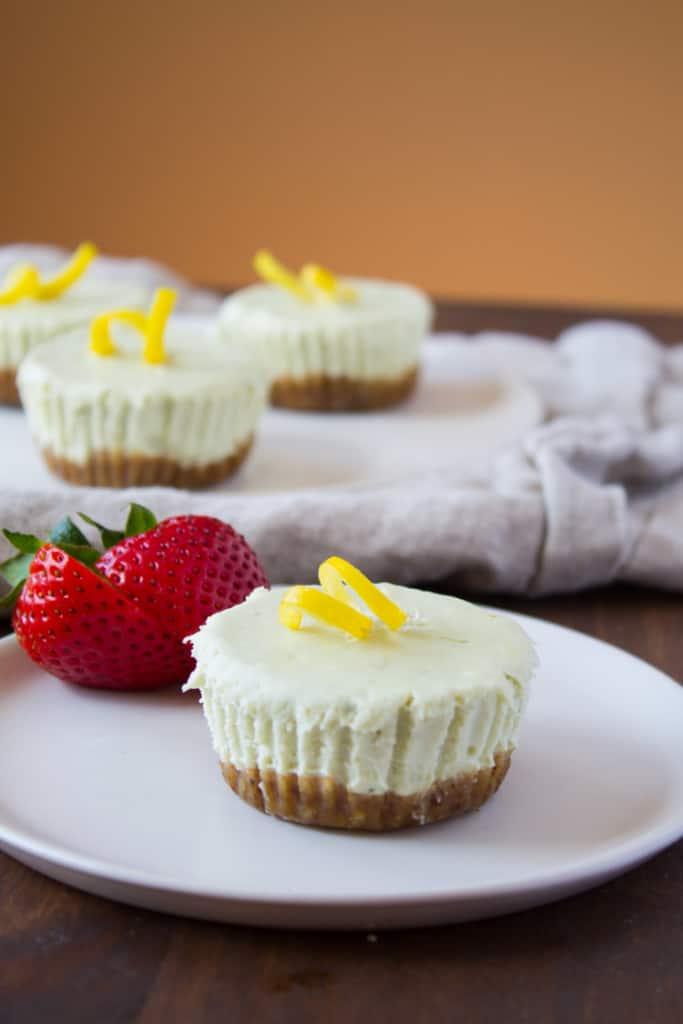 No Bake Matcha Cheesecake Bites -1