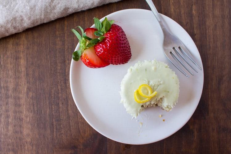 No Bake Matcha Cheesecake Bites -5