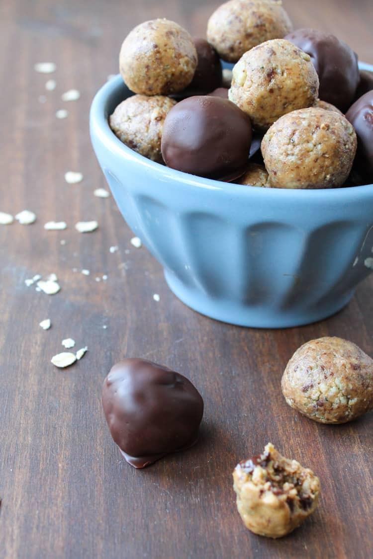 Dark Chocolate Peanut Butter Hemp Bites - square 800-5-2
