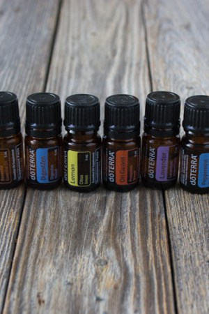 How to Use Essential Oils (Mindful Monday)