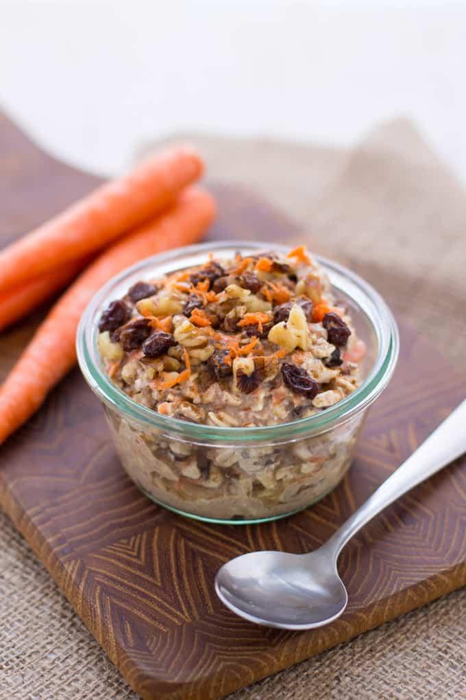 Vegan Carrot Cake Overnight Oats-