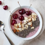 Cherry Cheesecake Smoothie Bowl