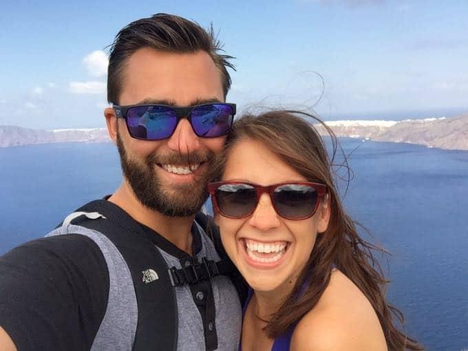 top 10 things to do on your honeymoon in greece. santorini hike.