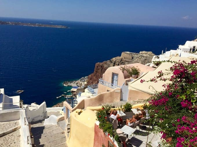 top 10 things to do on your honeymoon in greece. oia, santorini
