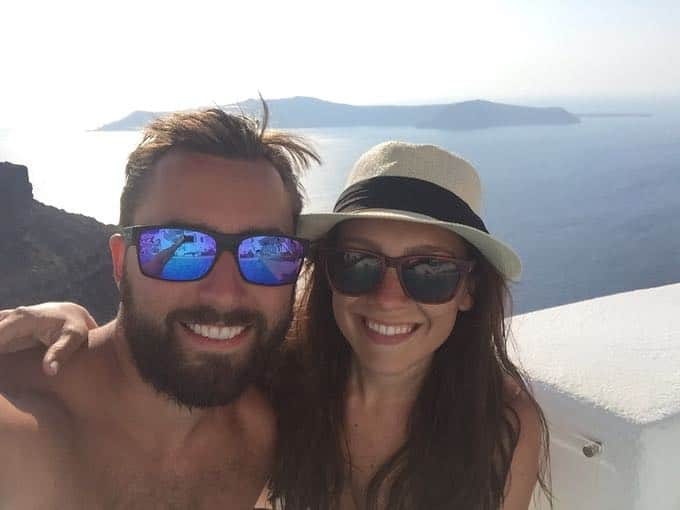 top 10 things to do on your honeymoon in greece. sunset in santorini