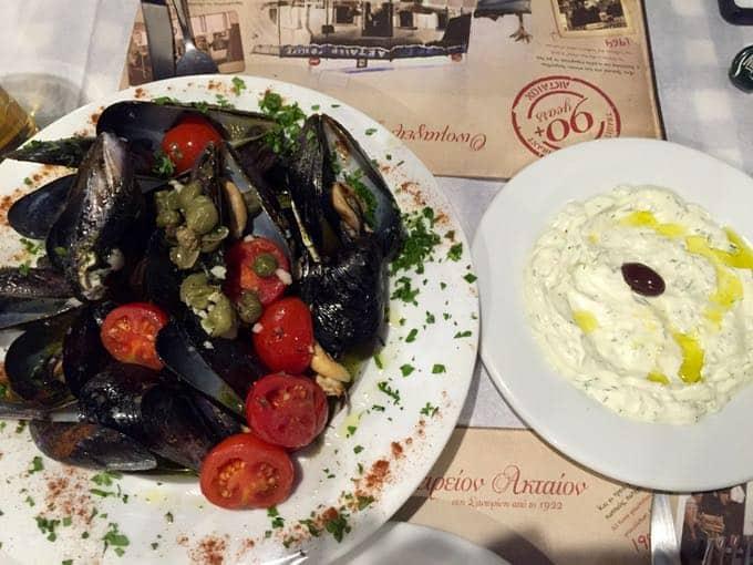 top 10 things to do on your honeymoon in greece. atkaion, santorini.