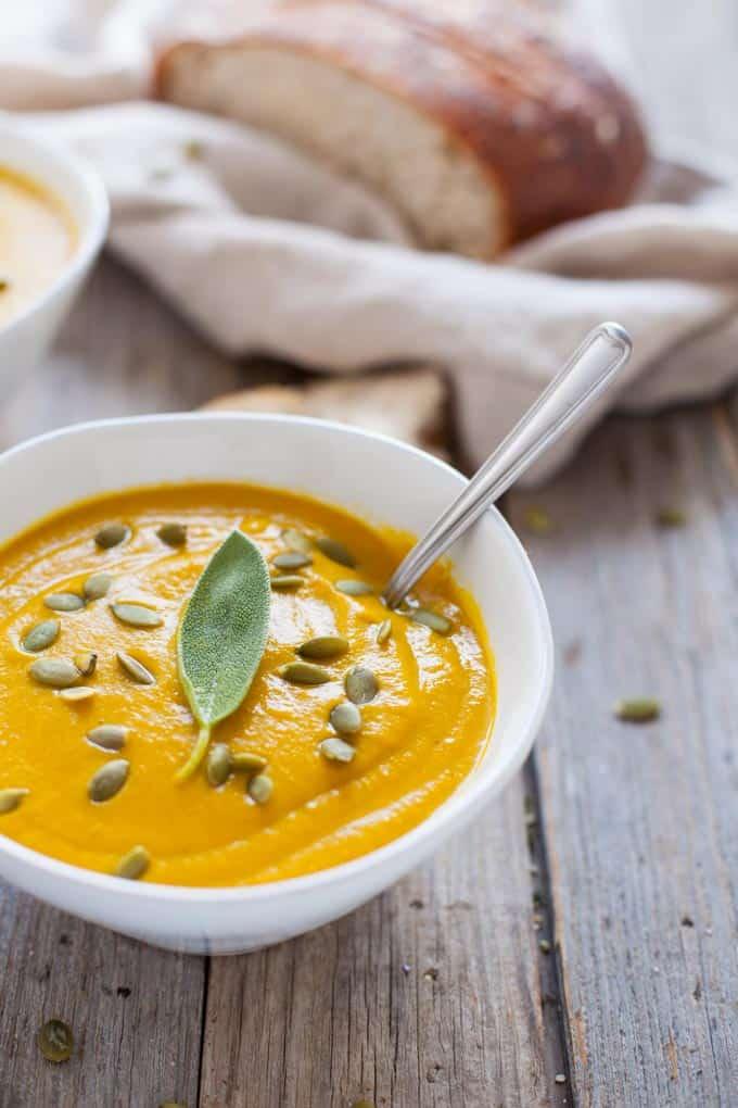 Vegan Turmeric Pumpkin Soup