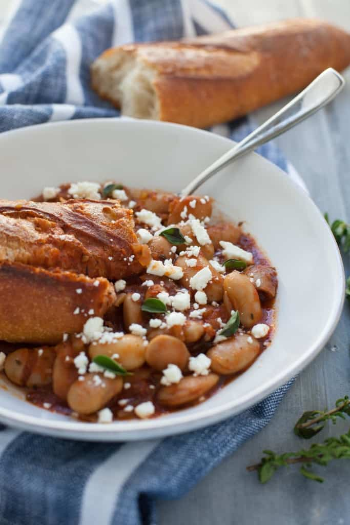 Delicious, comforting, easy and budget-friendly, what more could you want out of dinner?! These slow cooker Greek baked beans fit the bill for all of the above.