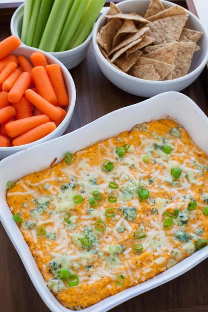 A deliciously indulgent vegetarian and nutritious spin on a classic game day appetizer, this vegetarian buffalo cauliflower wing dip is about to take your Super Bowl party to the next level.
