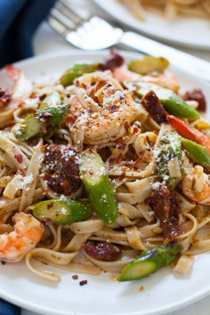 Easy Shrimp Pesto Pasta with Asparagus and Sun-Dried Tomato