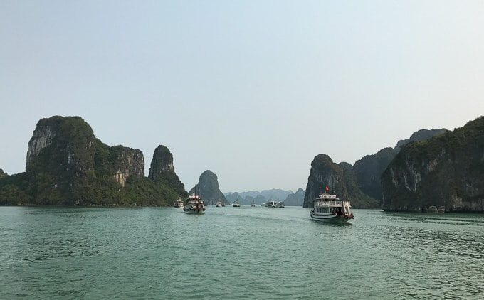 One Night Cruise in Halong Bay with Bhaya Cruises