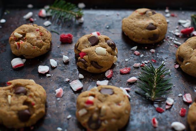 Easy Peppermint Dark Chocolate Chip Cookies