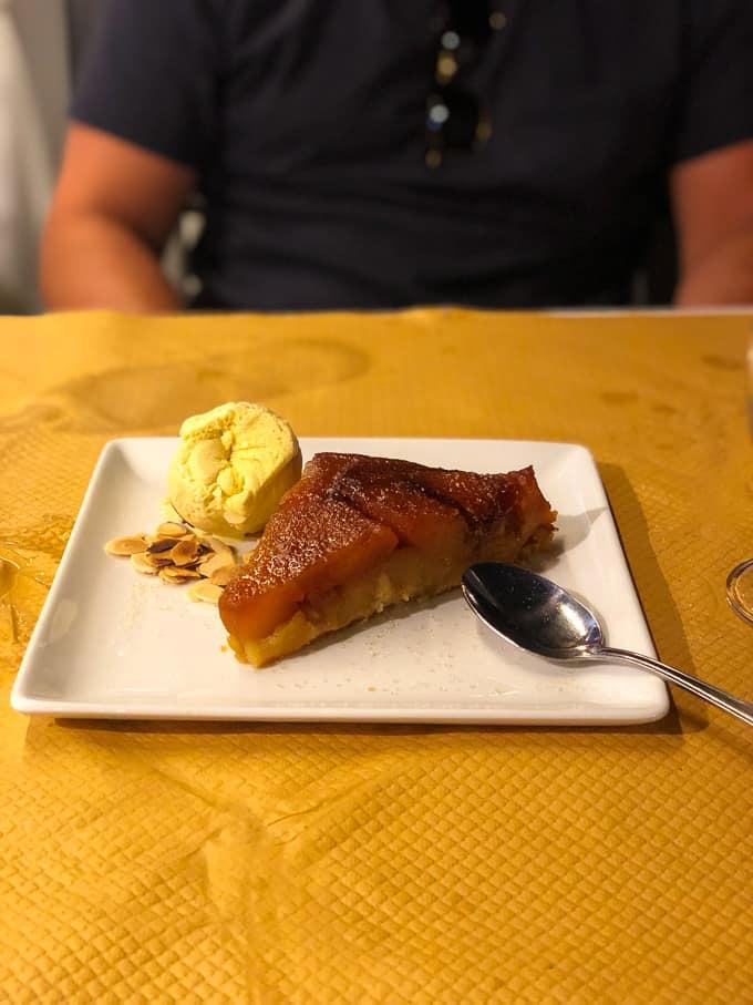 peach tart with vanilla gelato