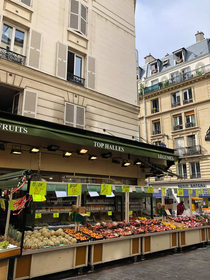 food market in Paris