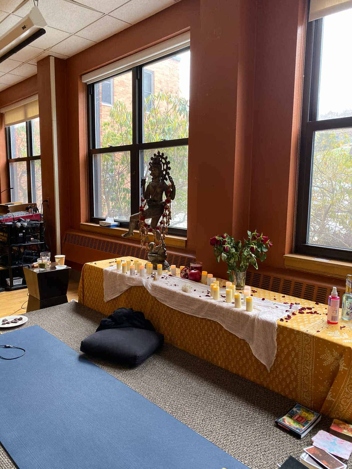 available candles during the morning program at Kripalu