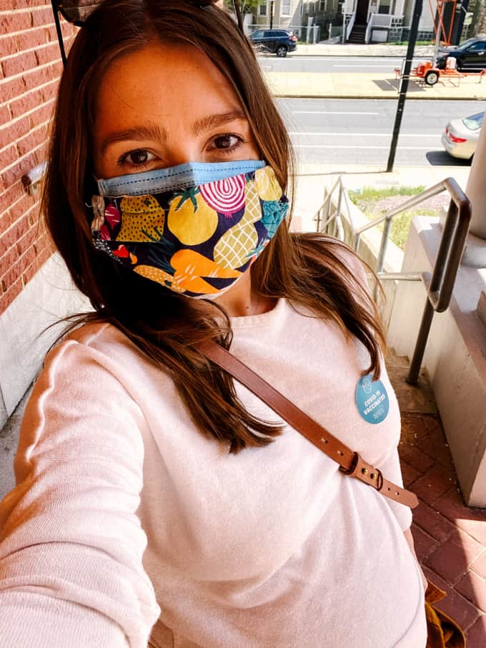 kara lydon nutrition 3rd trimester recap getting covid vaccination while pregnant produce face mask selfie